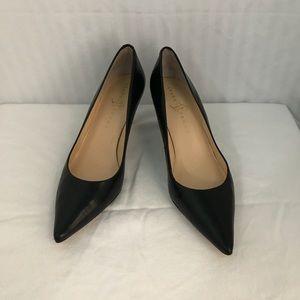 Ivanka Trump Women's Black Leather Pumps Sz 8 M